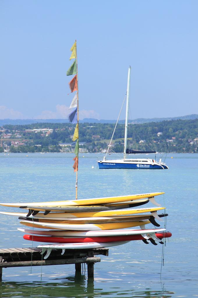 Ponton et Board de SUP à Sevrier + catamaran TheBoat.fr pour faire passer un bon moment sur le lac d'Aannecy